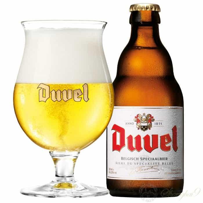 En flaska Duvel med Duvelglaset